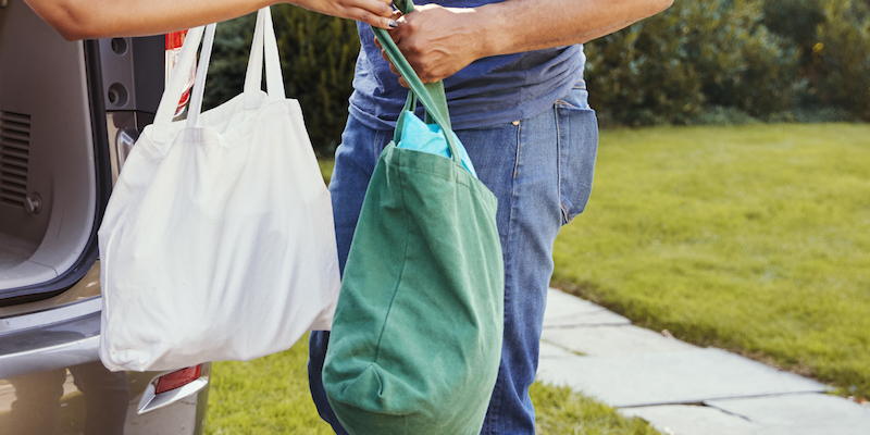 How to Maintain Food Safety with Reusable Shopping Bags